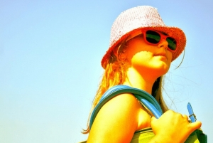 Γιατί τα παιδιά πρέπει να φοράνε γυαλιά ηλίου
