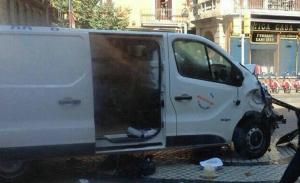 Τρομοκρατική επίθεση με βαν στη Βαρκελώνη – Σε εξέλιξη κατάσταση ομηρίας σε εστιατόριο