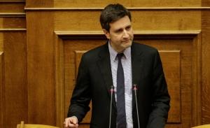 Ο Χουλιαράκης ακυρώνει το αφήγημα Τσίπρα για