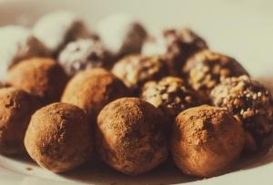 3 εύκολες συνταγές για τρουφάκια σοκολάτας