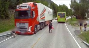 Σώζει ζωές το Emergency Braking της Volvo!