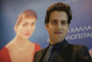 Ο Τομ Βολφ είναι ο σκηνοθέτης του «Η Μαρία Κάλλας εξομολογείται»