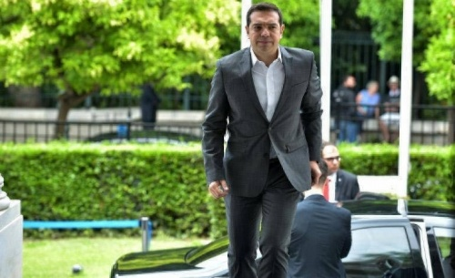 Ο Τσίπρας άρχισε τις συναντήσεις με τους υπουργούς του ενόψει ΔΕΘ
