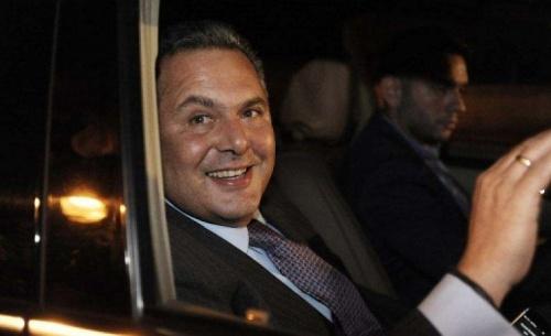 Ο Καμμένος και η σύζυγός του οδηγούν στον απόλυτο πολιτικό διασυρμό τον κ. Τσίπρα και τον ΣΥΡΙΖΑ
