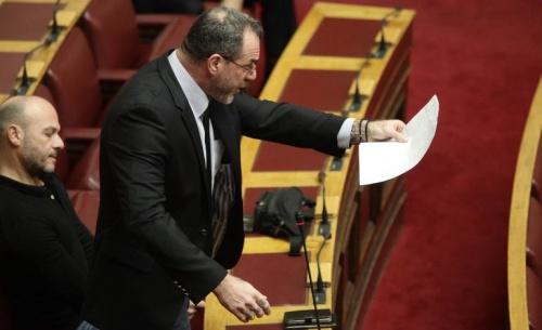 Ανεξαρτητοποιήθηκε από την Χρυσή Αυγή ο βουλευτής Νίκος Μίχος