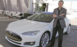 Elon Musk: Από την άσφαλτο στα άστρα