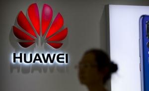 Βρετανία και ΕΕ αψηφούν τον Τραμπ στην υπόθεση της Huawei