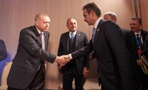 Κοινές διαπιστώσεις, δύσκολες συγκλίσεις κυβέρνησης-ΣΥΡΙΖΑ