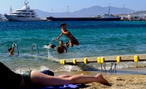 Ο ΣΥΡΙΖΑ παίζει κρυφτούλι με τα μέτρα στήριξης