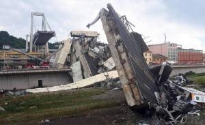 Χωρίς τις οικογένειες των θυμάτων οι κηδείες στη Γένοβα- Στα 42 τα θύματα της κατάρρευσης