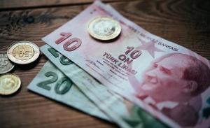Απόγνωση στην Τουρκία: Συνεχίζεται η κατάρρευση της λίρας