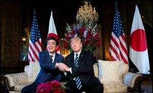 Συμφωνία Τραμπ-Άμπε για «μέγιστη πίεση» στη Βόρεια Κορέα