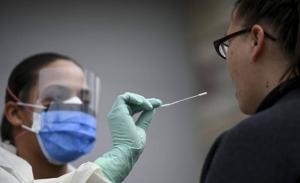 Πάνω από 4.000 θάνατοι στις ΗΠΑ, ραγδαία αύξηση κρουσμάτων στη Γερμανία
