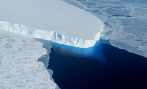 Θουέιτς: Ο παγετώνας που απειλεί να πνίξει την υφήλιο