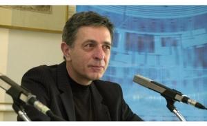 Κούλογλου: Μεγάλη αυταπάτη η υπόσχεση Τσίπρα ότι θα καταργήσει τα μνημόνια