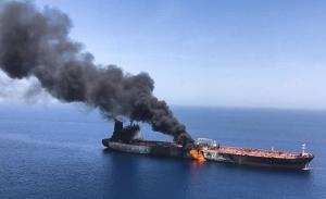 Το Ιράν κατηγορούν οι ΗΠΑ για τις επιθέσεις στα τάνκερ