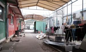 Δέσμευση για κλείσιμο δομών εντός του έτους μετά τις κινητοποιήσεις στα νησιά