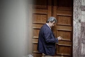 «Κολοτούμπα» Πολάκη: Η κυβέρνηση δεν φυλακίζει ούτε τιμωρεί