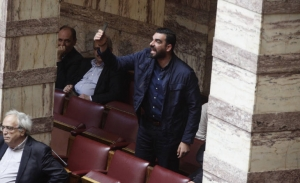 Πέντε συλλήψεις για την επίθεση κατά Κωνσταντινέα