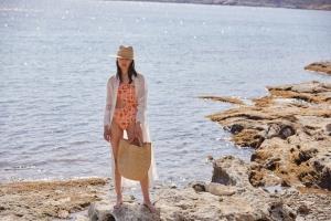 Raffia:Toφυσικό υλικό που φέρνει το καλοκαίρι στο στυλ σου