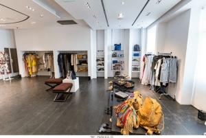 AISSO: ο νέος σταθμός της ελληνικής μόδας