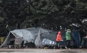 DW: Σχέδιο «άσυλο ή χρήματα» σε ελληνικά κέντρα προσφύγων