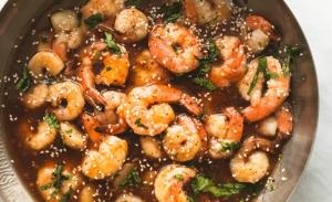 Γαρίδες με σάλτσα τεριγιάκι