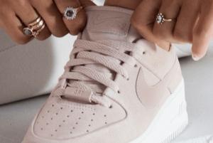 Nike Air Force 1 Sage: Είσαι ο εαυτός σου για κάποιο λόγο
