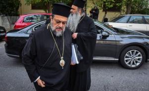 Απομονωμένος ο Αρχιεπίσκοπος στην ιεραρχία σύμφωνα με τον Μεσσηνίας