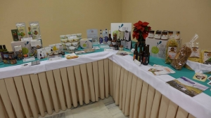 100 παραγωγοί μαζεύουν όλη την Ελλάδα σε ένα τραπέζι