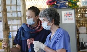 Δραματική η θνησιμότητα της πανδημίας στη Βρετανία