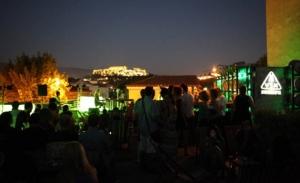 Καλοκαιρινές κινηματογραφικές νύχτες στις σεζ-λονγκ της ταράτσας του bios