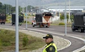 Συγκρούσεις για την ανθρωπιστική βοήθεια στα σύνορα της Βενεζουέλας