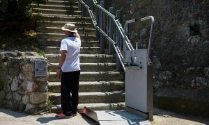 Αντιπαράθεση στη Βουλή για τον ανελκυστήρα στην Ακρόπολη