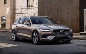 Εντυπωσιάζει το κομψό νέο Volvo V60