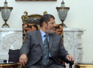 Πέθανε κατά τη διάρκεια της δίκης του ο πρώην πρόεδρος της Αιγύπτου Μοχάμεντ Μόρσι