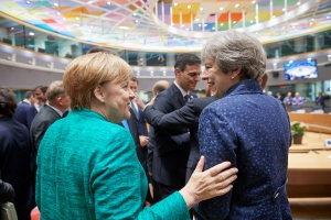 DW: Άκαρπη η συνάντηση Μέρκελ - Μέι στο Βερολίνο για το Brexit