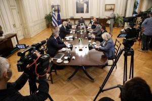 Μητσοτάκης σε Λαβρόφ: Η Τουρκία καταπατά τη διεθνή νομιμότητα