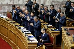 Μητσοτάκης: Ιστορική η σημερινή συνεδρίαση για την ψήφο των αποδήμων