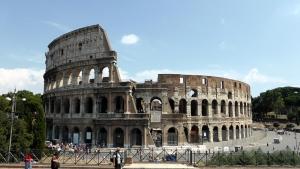 Η Ιταλία ανοίγει τα σύνορα για να σώσει τον τουρισμό της