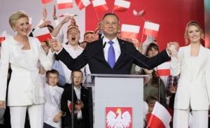Νέα νίκη αλλά με μικρή διαφορά για τους ευρωσκεπτικιστές στην Πολωνία