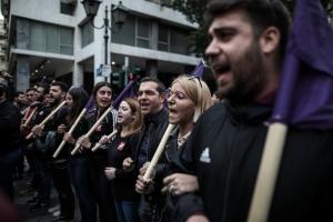Τσίπρας: Η πορεία του Πολυτεχνείου δεν είναι Μαραθώνιος για να τερματίσω