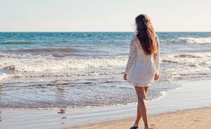 Έξι συμβουλές για την περιποίηση των μαλλιών το καλοκαίρι