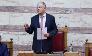 Ο Τασούλας υπερασπίζεται τη νομιμότητα της επιστολικής ψήφου- Ο ΣΥΡΙΖΑ απέχει από τις ψηφοφορίες
