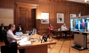 Τηλεδιάσκεψη Μητσοτάκη με ηγέτες: Δειγματοληπτικά τεστ σε τουρίστες