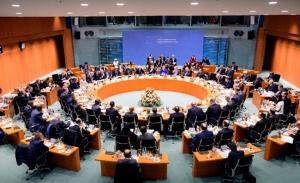 Ευαίσθητη εκεχειρία στη Λιβύη, συνομιλίες «και με άλλες χώρες»