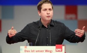 Οι σοσιαλδημοκράτες ψηφίζουν για τον συνασπισμό με Μέρκελ υπό δημοσκοπική πίεση
