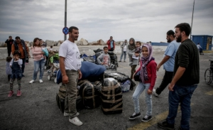 «SZ»: Καλύτερα ένα μικρό βήμα στο προσφυγικό, παρά τίποτα