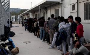 Μεταφέρονται από τη Σάμο 700 αιτούντες άσυλο