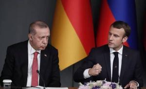 Διπλωματικές ευκαιρίες για αποκλιμάκωση ζήτησε ο Ερντογαν από τον Μακρόν